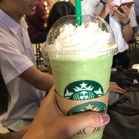 Foto scattata a Starbucks da Tai T. il 8/28/2017