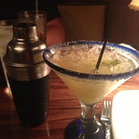 Photo taken at LongHorn Steakhouse by Lucy on 5/13/2013