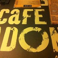 Foto tomada en Café Adonis 1940 por Carolina el 4/4/2013