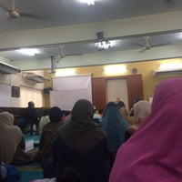 Photo taken at Pertubuhan Al-Khaadem by Nurul H. on 11/5/2016