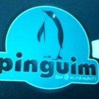 รูปภาพถ่ายที่ Pinguim Bar โดย Ronaldo M. เมื่อ 12/20/2012