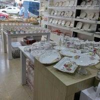 รูปภาพถ่ายที่ Koç Ticaret โดย Zrby A. เมื่อ 9/14/2015