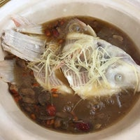 Photo taken at Mun Mun Delicious Seafood 满满海鲜饭店 by Clumsy Fallen A. on 7/7/2016