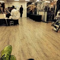 Foto tirada no(a) Expert Beauty Center por Thiago S. em 9/19/2013