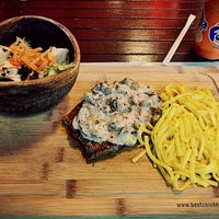 10/7/2016 tarihinde 👑Cansu A.ziyaretçi tarafından Beef&Chicken Bahçeşehir'de çekilen fotoğraf