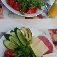 Photo taken at WOS cafe&şarküteri by Yıldız F. on 4/11/2016