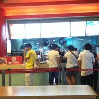 Photo taken at Burger King by Edwin Z. on 7/9/2014