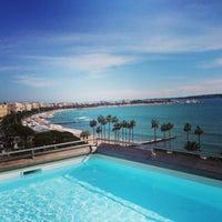 Foto tomada en Majestic Barrière Cannes por Anastasia💎 el 3/12/2013
