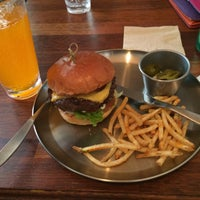 Photo taken at Burger Craft by Youno on 5/16/2014