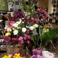 Photo taken at Olivia's Market by narni on 12/10/2017