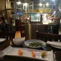 Foto diambil di Runa Japanese Restaurant oleh narni pada 3/2/2017