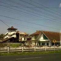 Photo taken at Pondok Pesantren API by masrur m. on 5/6/2013