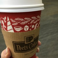 Photo taken at Peet's Coffee & Tea by Elizabeth G. on 12/11/2015