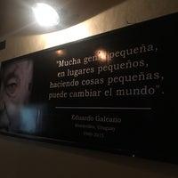 Foto diambil di 500 Noches Cafe-bar oleh Nayely S. pada 6/10/2017