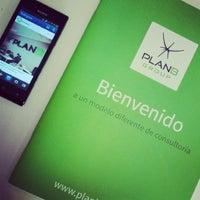 Foto tomada en Plan B Group por Alejandro H. el 1/20/2014