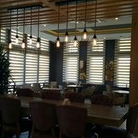 6/2/2016 tarihinde Aynur B.ziyaretçi tarafından Tria Restaurant Cafe'de çekilen fotoğraf