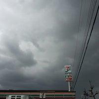 Foto tirada no(a) 7-Eleven por Tsuyoshi S. em 4/6/2013