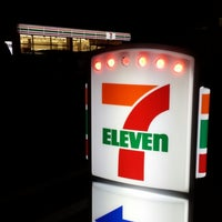 Photo taken at 7-Eleven by Tsuyoshi S. on 3/31/2014