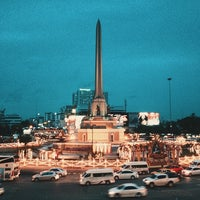 Photo taken at BTS Victory Monument (N3) by OAMM M. on 7/29/2013