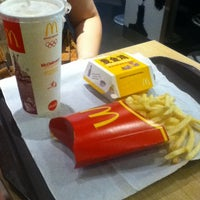 Photo taken at McDonald's by OAMM M. on 9/30/2012