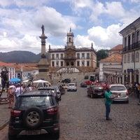 Photo taken at Centro Histórico de Ouro Preto by Ramón M. on 11/1/2015