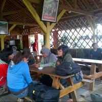 Photo taken at Cherokee arung jeram by Nasrul F. on 12/29/2012