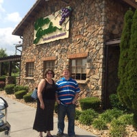 Photo taken at Olive Garden by Paul R. on 9/12/2015