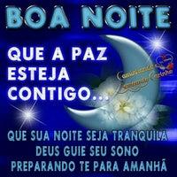Photo taken at Boa noite by Thamy B. on 10/29/2015