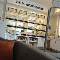 Photo taken at New Erha Clinic Skin Care by Shanen L. on 3/21/2013