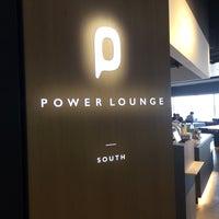 11/25/2017 tarihinde Tetsuya U.ziyaretçi tarafından Power Lounge South'de çekilen fotoğraf