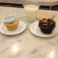 Photo taken at Molly's Cupcakes by Anna B. on 1/27/2013