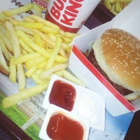 Photo taken at Burger King by Hilal E. on 2/22/2018