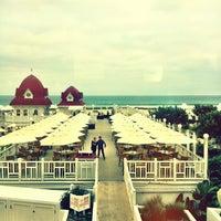 รูปภาพถ่ายที่ Hotel del Coronado โดย Joan T. เมื่อ 2/8/2013