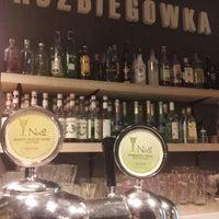 Foto diambil di Rozbiegówka Shot Bar oleh Konrad L. pada 9/19/2013