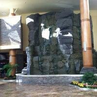 Photo taken at Turning Stone Resort Casino by Greg R. on 3/29/2013