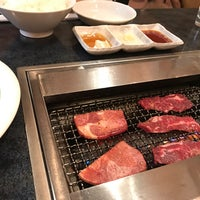 Photo taken at 焼肉 叙庵 池袋本店 by Naoya on 3/9/2017