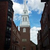Das Foto wurde bei The Old North Church von Bubby D. am 6/8/2013 aufgenommen