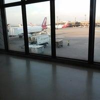 Foto tirada no(a) Aeroporto Internacional de São Paulo / Guarulhos (GRU) por Karen H. em 2/13/2015