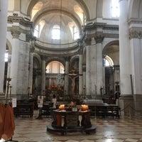 Photo taken at Chiesa dei S. Geremia e Lucia by Melis H. on 7/31/2016