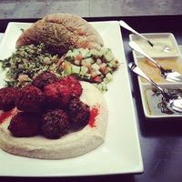 3/2/2013にRobert B.がTaïm Falafel and Smoothie Barで撮った写真