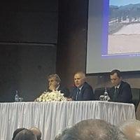 Foto tomada en Necmi Asfuroğlu Anadolu Lisesi por İlhan G. el 3/1/2018