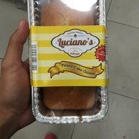 Photo taken at Supermercado La Placita by Edwin B. on 11/8/2015