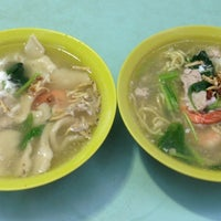 Photo taken at Toa Payoh Lorong 8 Market & Food Centre by Easter S. on 9/1/2013