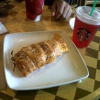 Photo taken at Starbucks by Anywita K. on 11/16/2012
