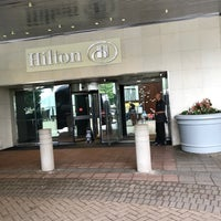 Photo taken at Hilton Stamford Hotel & Executive Meeting Center by Lady ❤. on 5/27/2017