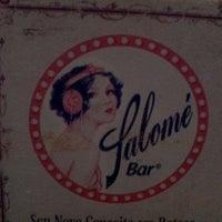 Foto tirada no(a) Salomé Bar por Rodrigo C. em 12/28/2011