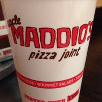 Photo taken at Uncle Maddio's Pizza by Hector F. on 8/6/2014