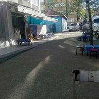Photo taken at Huzur Çay Ocağı by Mete M. on 4/17/2016