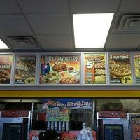 Das Foto wurde bei Little Caesars Pizza von Audrey S. am 1/4/2013 aufgenommen