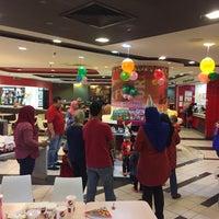Photo taken at KFC by Aiman on 1/1/2017